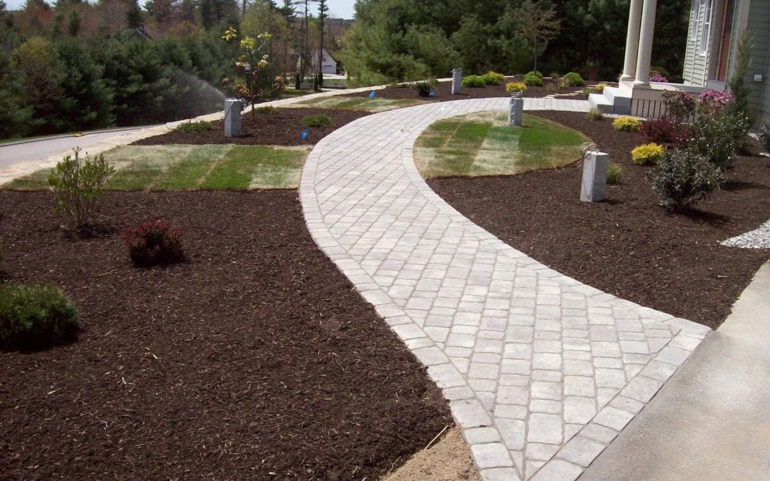 Simple Ways To Update Your Home's Hardscaping